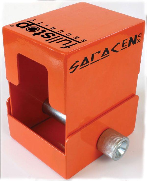 FullStop Saracen KA (Knott Avonride) 1